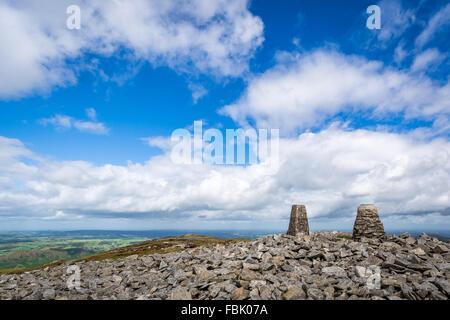 Le pic de la montagne Slieve Gullion dans County Armagh, en Irlande. Banque D'Images