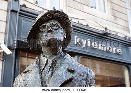 Statue de James Joyce. Dublin, Irlande Banque D'Images