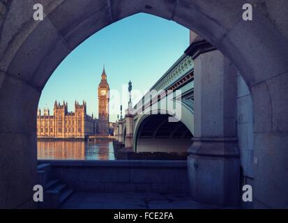 Célèbre Big Ben Clock Tower dans le centre de Londres Banque D'Images