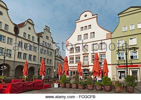 """Maisons à pignons à """"Neuer Markt"""", ville hanséatique de Rostock, Mecklembourg-Poméranie-Occidentale, Allemagne, Banque D'Images"""
