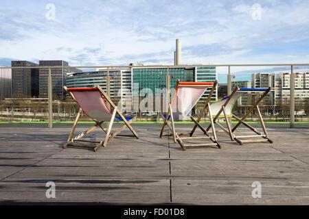 Terrasse à Les Docks Cité de la mode et du Design. Ville de l'Institut de la mode et du Design, Austerlitz, Paris, Banque D'Images