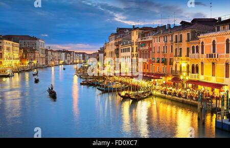 Vue de Venise au soir, Grand Canal, Venise, Italie, l'UNESCO Banque D'Images