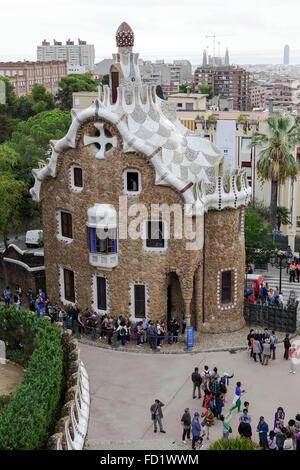 Architecture de Gaudi dans le Parc Guell, Barcelone. Un site du patrimoine mondial et l'attraction touristique majeure Banque D'Images