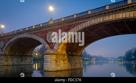 Turin (Torino), Ponte Isabella et fleuve Po