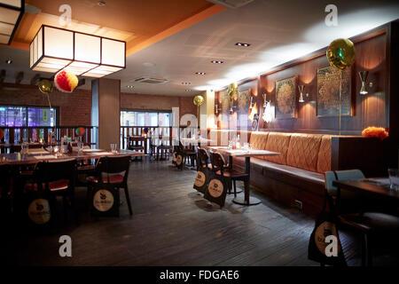 Busaba restaurant thaï à l'extérieur Manchester nourriture repas Restaurant Printworks manger boire hors menu date Banque D'Images