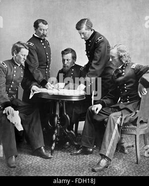 Guerre civile américaine photographie montrant les généraux de l'Armée de l'Union Wesley Merritt, Philip Sheridan, George Crook, James William Forsyth, et George Armstrong Custer. D'abord publié dans le Harper's Weekly, 24 juin 1865