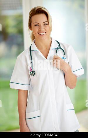 Portrait of Nurse smiling Banque D'Images