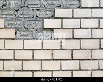 Résumé fond vieux mur de briques blanches avec des fissures et des rayures. Style du paysage. Grand fond ou la texture. Banque D'Images