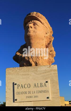 Buste de Francisco Alba Medina, connu sous le nom de Paco Alba, la plage de La Caleta, Cadix, Espagne