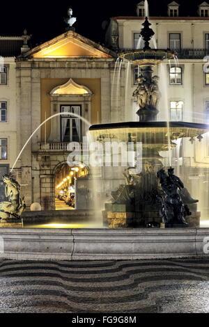 Géographie / voyage, Portugal, Lisbonne Rossio, par nuit Additional-Rights Clearance-Info,--Not-Available Banque D'Images