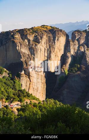 Météores, Thessalie, Grèce. Le Saint Monastère de Rousanou, a été fondée au 16ème siècle.
