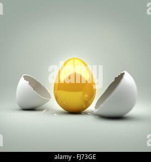 New Golden Egg. Un œuf craquelé révélant un nouvel œuf d'or. Concept. Banque D'Images
