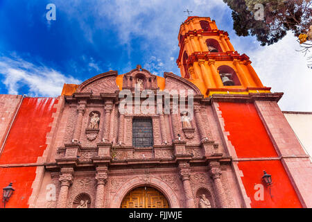 Templo del Oratorio de San Felipe Neri Façade de l'église San Miguel de Allende, Mexique. Construit en 1700 Banque D'Images