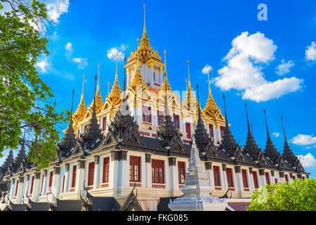 Temple Wat Ratchanatdaram 'Metal' à Bangkok, Thaïlande. Banque D'Images