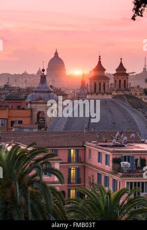L'Italie, Lazio, Rome, centre historique classé au Patrimoine Mondial de l'UNESCO, la Piazza del Popolo, de la Cupula Banque D'Images