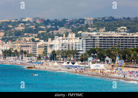 Nice, Côte d'Azur, Cote d'Azur, France. Plage et de la Promenade des Anglais. Banque D'Images