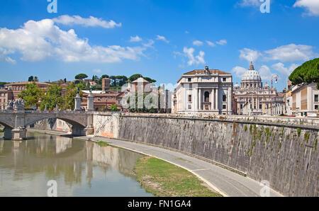 La Basilique Saint-Pierre de Rome, Italie Banque D'Images