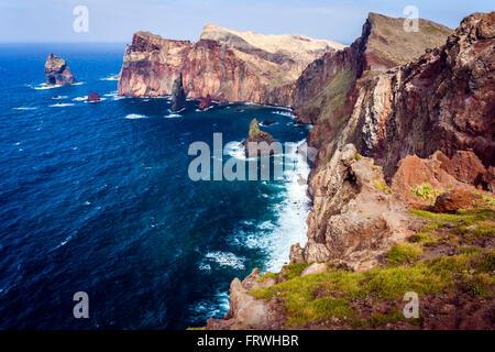 Le portugais, l'île de Madère, le côté est, le Ponta do Castelo. Banque D'Images
