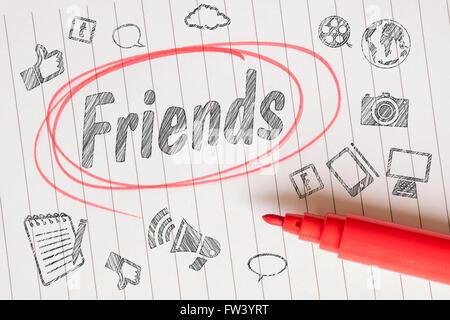Note d'amis avec les médias sociaux thème et un marqueur rouge Banque D'Images