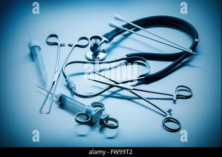 Les instruments médicaux utilisés par les médecins dans les hôpitaux Banque D'Images