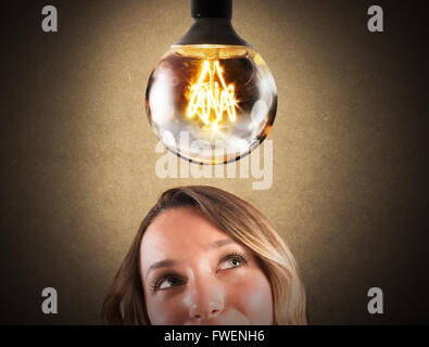 Ampoule brillant Banque D'Images