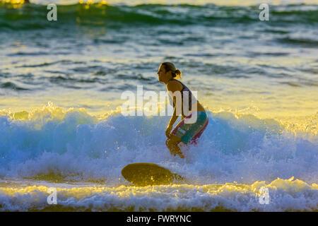 Surf à Maui Banque D'Images