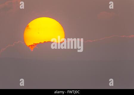 Coucher de soleil sur Lanai vus de Maui Banque D'Images
