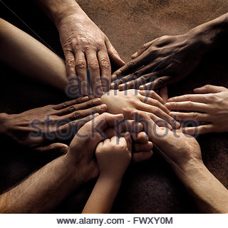 Close-up of people's hands holding ensemble Banque D'Images