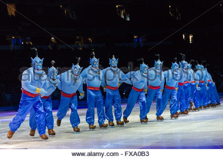 Toronto, Canada: Disney On Ice célèbre les 100 ans de magie. Scènes d'Aladdin Banque D'Images