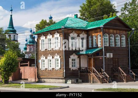 Maison en bois historique à Irkoutsk, Russie Banque D'Images