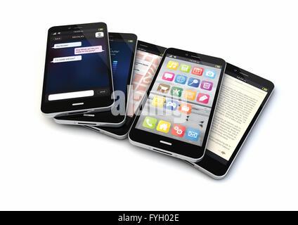 Rendre de cinq téléphones intelligents avec les différentes applications sur l'écran Banque D'Images