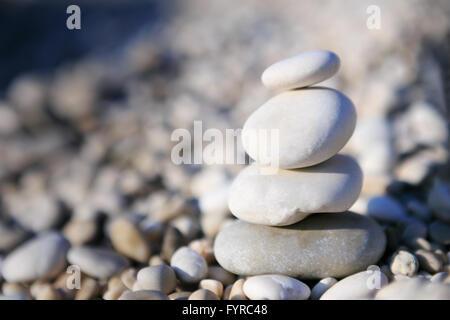 Notion de bilan et Zen - pierres Banque D'Images