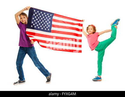 Smiling Funny kids waving American flag Banque D'Images