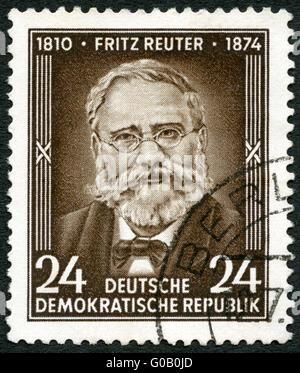 Allemagne - 1954: Fritz Reuter montre (1810-1874), écrivain, 80e anniversaire de la mort