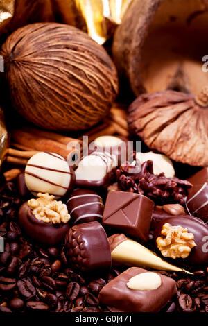 Collection de différents pralinés chocolat sucré