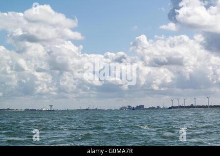 Entrée Maasmond Nouvelle voie maritime ship canal au port de Rotterdam à partir de la mer du Nord, Hollande méridionale, Banque D'Images
