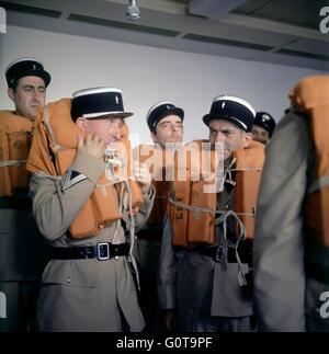 Guy Grosso, Jean Lefebvre, Michel Modo et Louis de Funes / les troupes à New York / 1965 réalisé par Jean Girault Banque D'Images