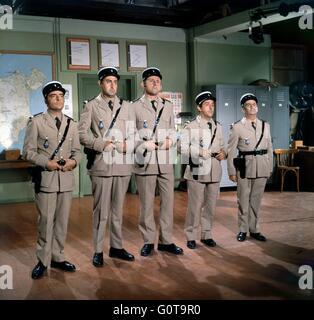 Michel Modo, Guy Grosso, Christian Marin, Jean Lefebvre et Louis de Funès / Les troupes se marier / 1968 réalisé Banque D'Images