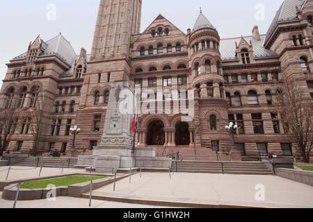 TORONTO - Le 28 avril 2016: l'Ancien hôtel de ville de Toronto était à la maison à son conseil municipal de 1899 à 1966 et reste l'une des m