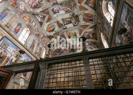 Le plafond de la chapelle sixtine peinte par michel ange le jugement dernier banque d 39 images - Michel ange chapelle sixtine plafond ...