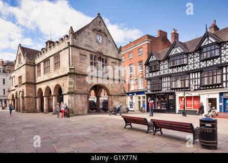 Shrewsbury, le vieux marché située sur la place du marché, Shropshire, England, UK, construit en 1596. Banque D'Images