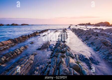 Blegberry Beach sur la côte nord du Devon, près de Hartland, Angleterre. Banque D'Images