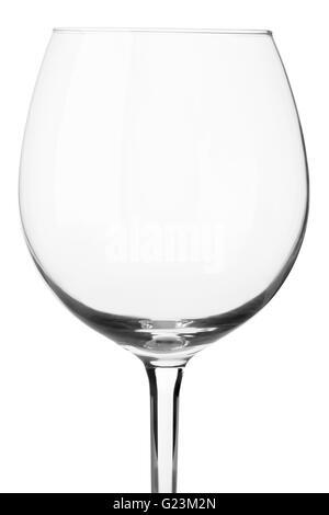 Verre de vin vide close up isolé sur blanc, chemin de détourage Banque D'Images