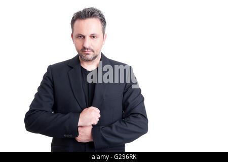 L'homme d'affaires à la mode Casual Élégant portant veste de costume et t-shirt noir Banque D'Images
