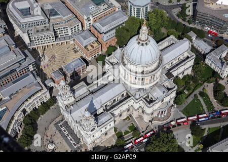 Une vue aérienne de la Cathédrale St Paul, à Londres Banque D'Images