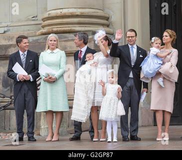Baby Prince Oscar de Suède. bapteme - Victoria, Daniel et Estelle vague Banque D'Images