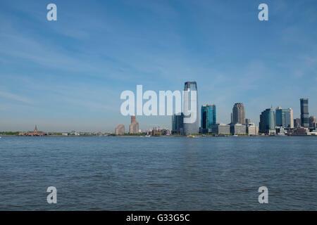 L'horizon d'abaisser le centre-ville de Manhattan, New York City, avec le nouveau World Trade Center par l'architecte Banque D'Images