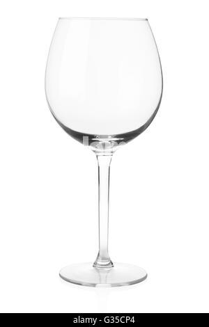 Verre de vin vide isolé sur blanc, chemin de détourage Banque D'Images