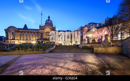 Birmingham Town Hall est également le premier travail important du 19e siècle renaissance de l'architecture romaine Banque D'Images