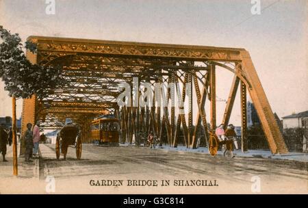 Chine - Shanghai - Le 2ème pont de jardin (pont Waibaidu) au cours de la rivière Suzhou, conçu par le cabinet britannique Banque D'Images